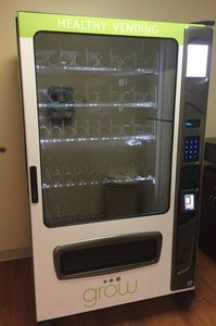 GROW - Alpine 5000 Healthy Wittern Snack, Food and Soda Combo Vending Machines
